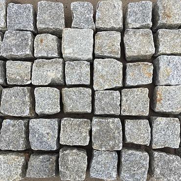 V12, Granietkeitjes, Natuursteenkeitjes, Portugees Graniet